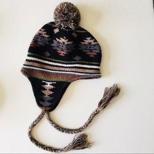 Steve Madden • Pom Hat